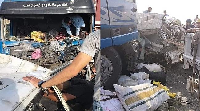 Mısır'da katliam gibi trafik kazası: 19 ölü