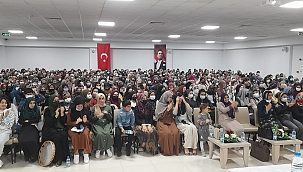 Öğrencilere Mevlid Kandili programı