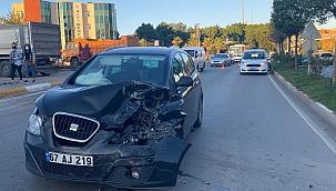 Otomobil yayaya ardından otomobile çarptı
