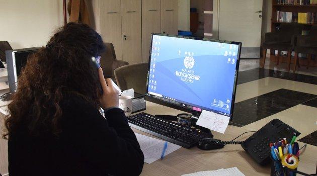 65 yaş üstü vatandaşlara telefonla evde kalın uyarısı