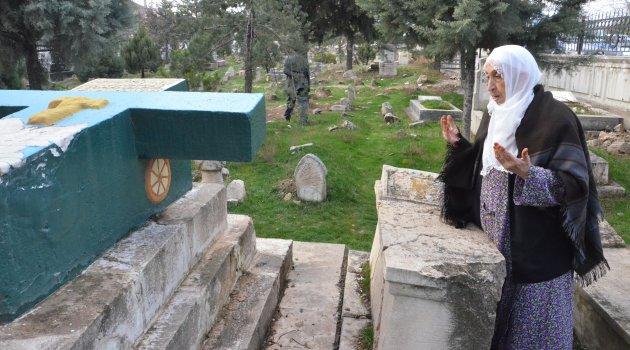76 yılık mezarın hüzünlü öyküsü