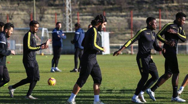 Büyük Antalyaspor maçında forma giyecek