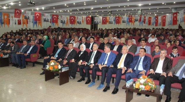 AK Parti divan toplantısını yaptı