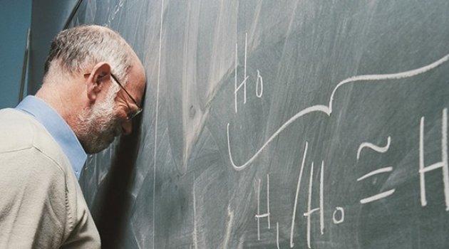 Akçadağ'da İki Öğretmen Açığa Alındı