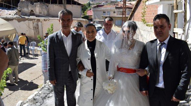 Akçadağ'da Siyasileri Buluşturan Düğün
