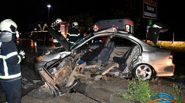 Aksaray'da 2 otomobil çarpıştı: 1 ölü 3 ağır yaralı