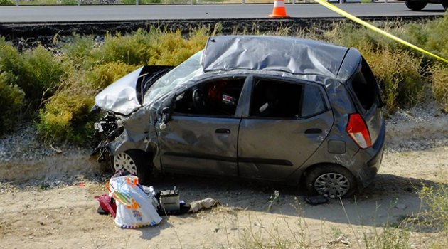 Aksaray'da otomobil takla attı: 1 ölü 2 yaralı