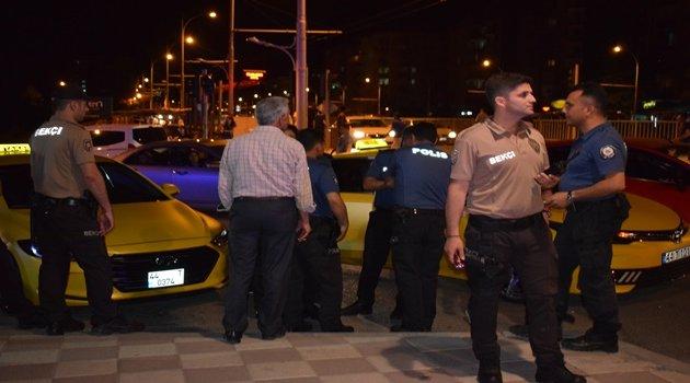 İntihar girişimini polis engelledi