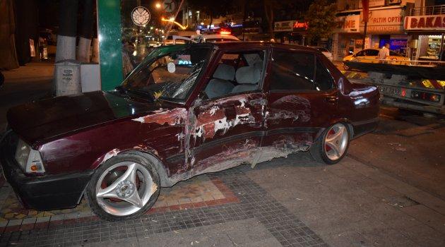 Çaldığı otomobille kaza yaptı: 1 yaralı