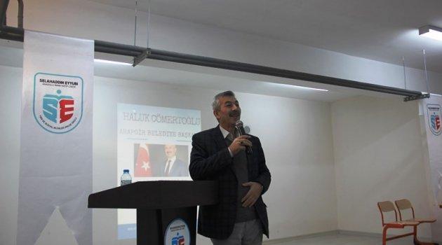 Cömertoğlu kent sorunları ve yerel yönetimleri anlattı