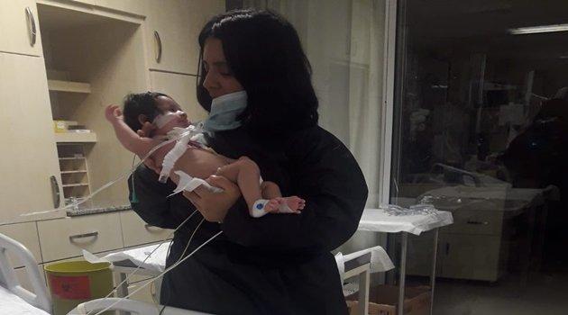 Dicle Bebek nefes alamıyor