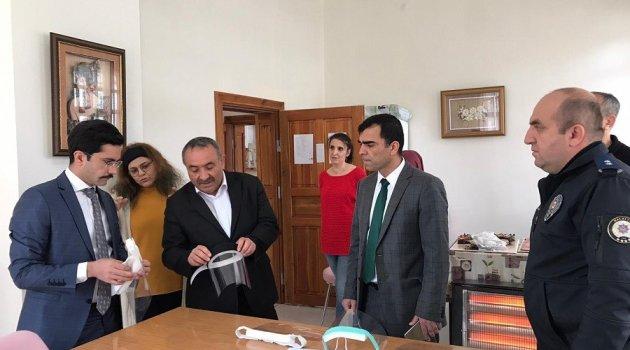 Doğanşehir'de siper üretimi başladı