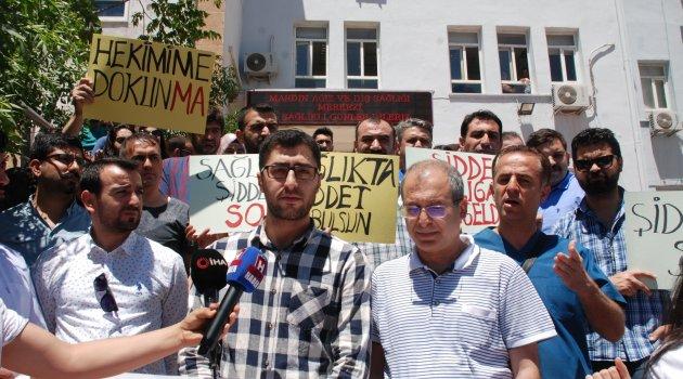 Doktora şiddet protesto edildi