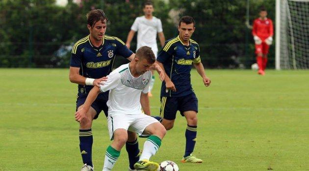 E.Yeni Malatyaspor'un yeni transferi Yiğithan Güveli'nin tedavisine devam ediliyor