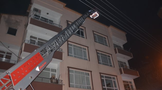 Elektrik prizi yangına neden oldu
