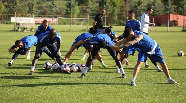 Evkur Yeni Malatyaspor'da Antalyaspor maçı hazırlıkları sürüyor