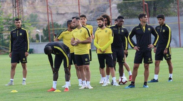 Evkur Yeni Malatyaspor'da Beşiktaş maçı hazırlıkları sürüyor