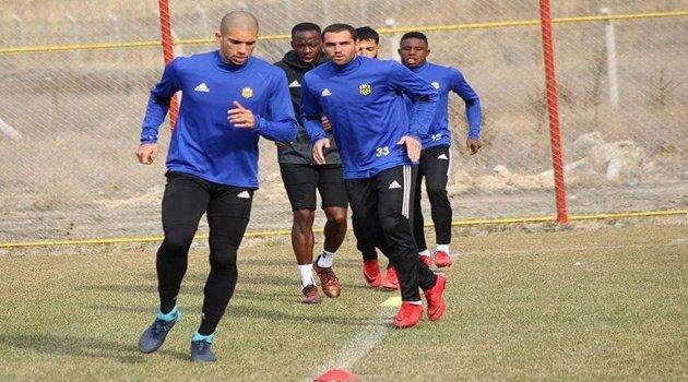 Evkur Yeni Malatyaspor'da Brezilyalılara forma şansı doğdu