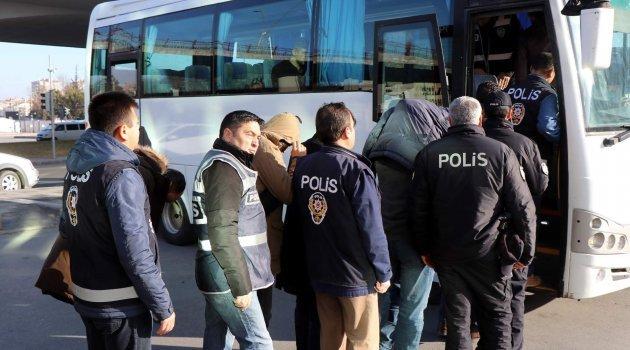 FETÖ operasyonunda 6 tutuklama