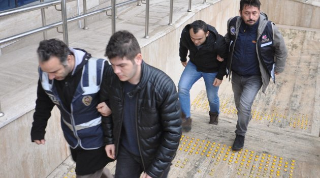 FETÖ'den 2 tutuklama
