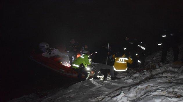 Otomobil gölete uçtu: 1 ölü 3 yaralı