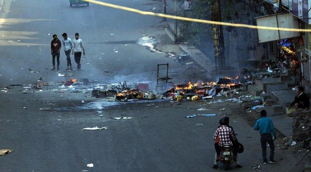 Hindistan'da protestolarda ölenlerin sayısı 20'ye yükseldi