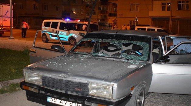 Akrabalar arasında taşlı silahlı kavga: 2 yaralı