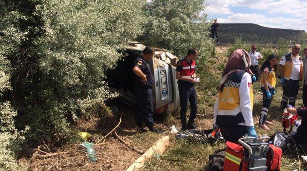 Mezuniyet dönüşü kaza: 4 ölü 1 yaralı