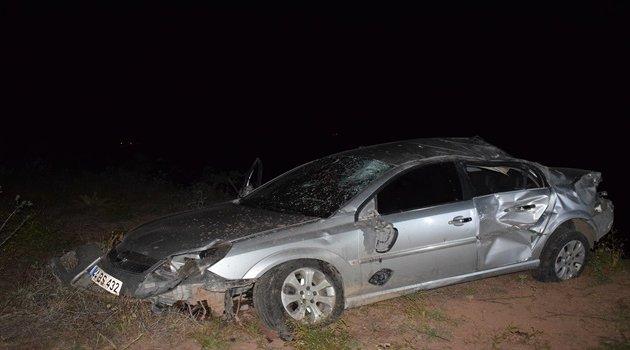Genç öğretmen ve babası kazada öldü