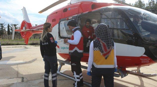 Hastaya helikopterle ulaşıldı