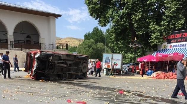 Yeşilyurt'ta kaza : 4 yaralı