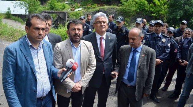 Madene İnmek İsteyen CHP Heyetine Barikat Engeli