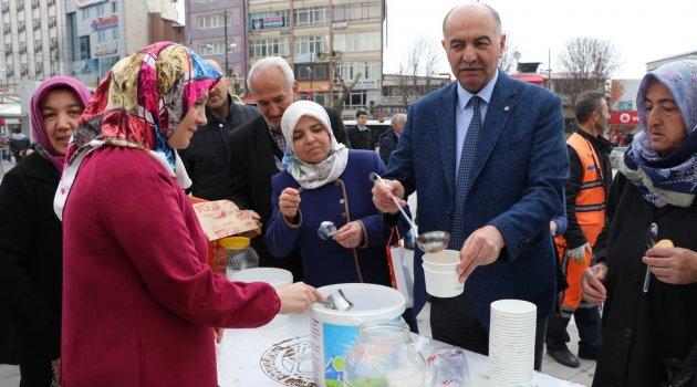 Malatya'da askerin son yemeği hoşaf dağıtıldı