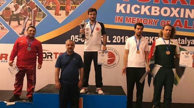 Malatya'dan Kick Boks Avrupa Şampiyonasına 2 sporcu