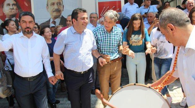 CHP'den İmamoğlu sevinci