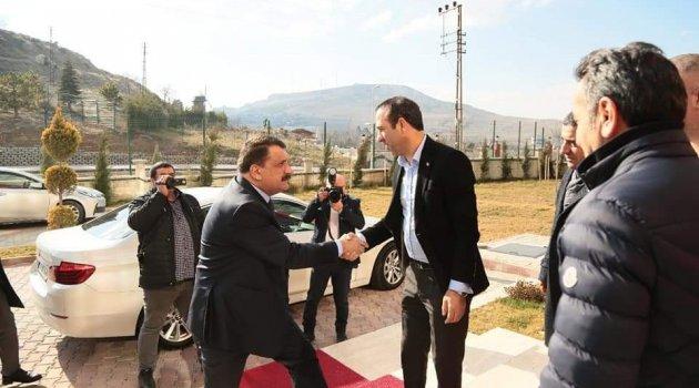 Malatyaspor 'lig devam edecek' düşüncesiyle hareket ediyor