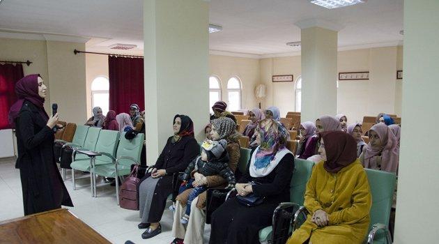 Öğrencilere eğitim semineri verildi