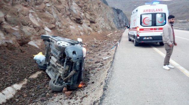 Kayan otomobil takla attı: 4 yaralı
