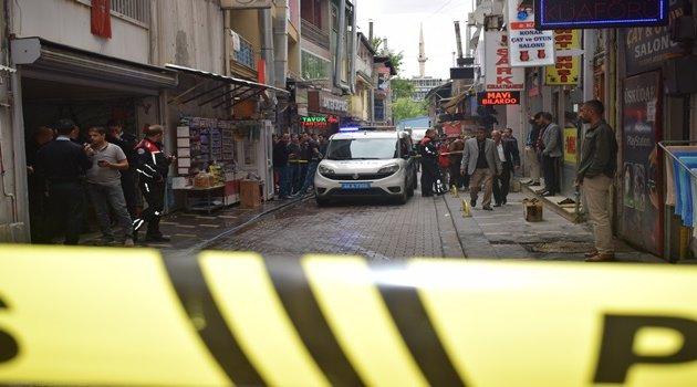 Otoparkta silahlı kavga: 1 ölü 1  yaralı