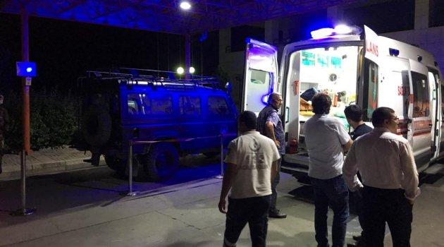 Özel harekat polisleri kaza yaptı: 2