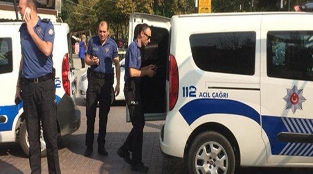 Tacizciyi polis zor kurtardı