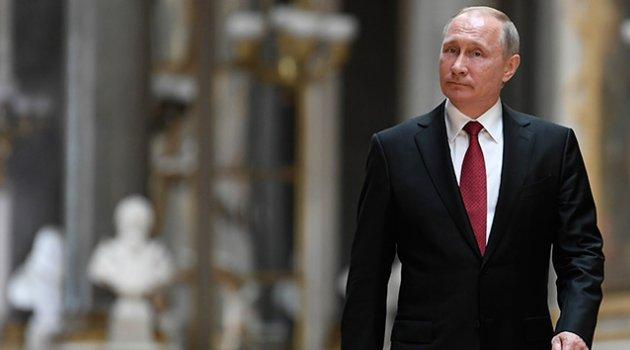 Putin göreve resmen başladı