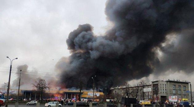 Rusya'da hipermarket yandı: 1 yaralı