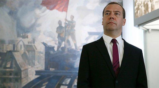 Rusya'da hükümetten istifa