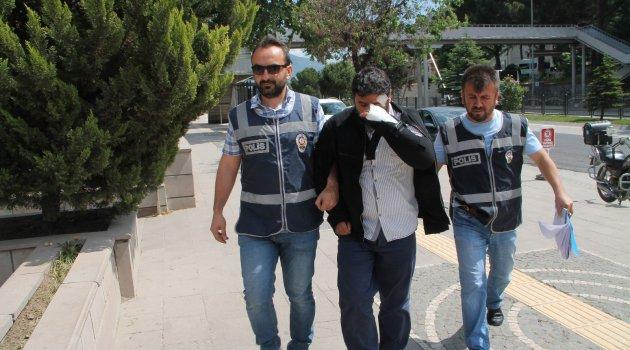 Sahte polis gerçek polislere yakalandı