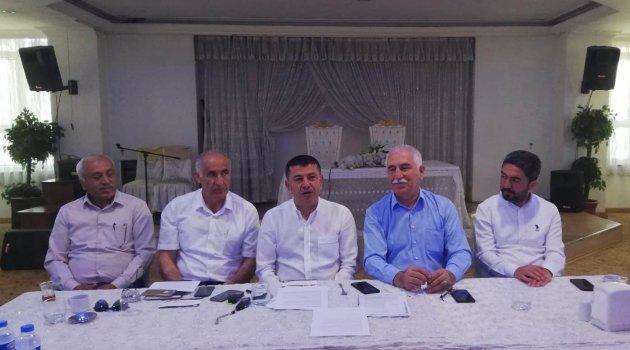 """""""Senaryo yazarı AKP figüranı TRT'dir"""""""