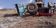 Malatya'da traktör devrildi: 2 yaralı