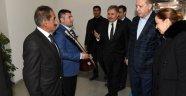 Muhtarlar Erdoğan'a Bağlama hediye etti