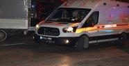 Minibüs ile motosiklet çarpıştı: 1 ölü, 1 yaralı