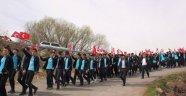 Öğrenciler Mehmetçik için yürüdü